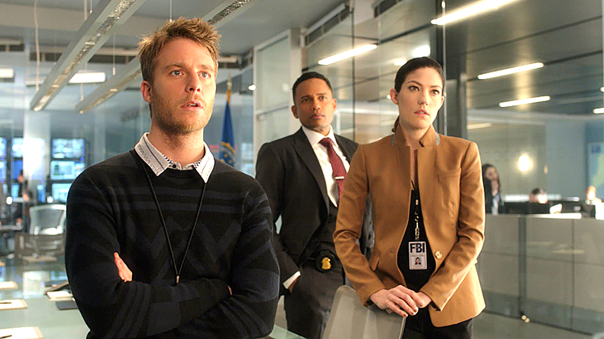 cbs_limitless_110_clean_image_thumb_master